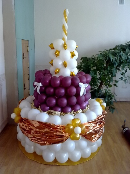 Фото торт из шаров