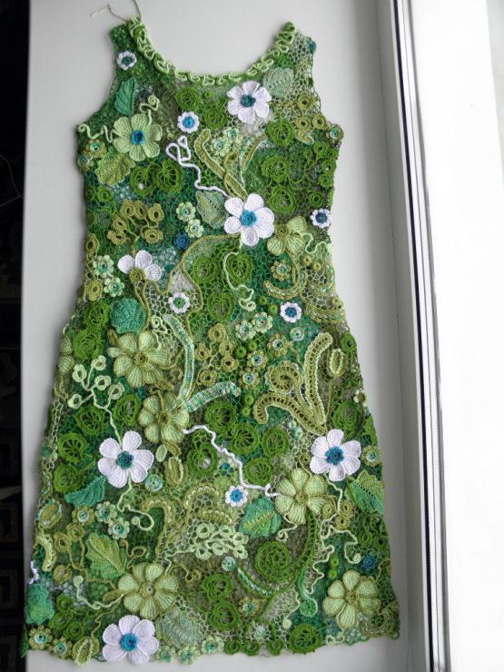 Платья с ирландским кружевом связать