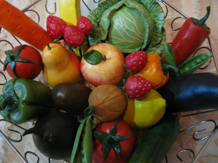 Из соленого теста овощи и фрукты своими руками